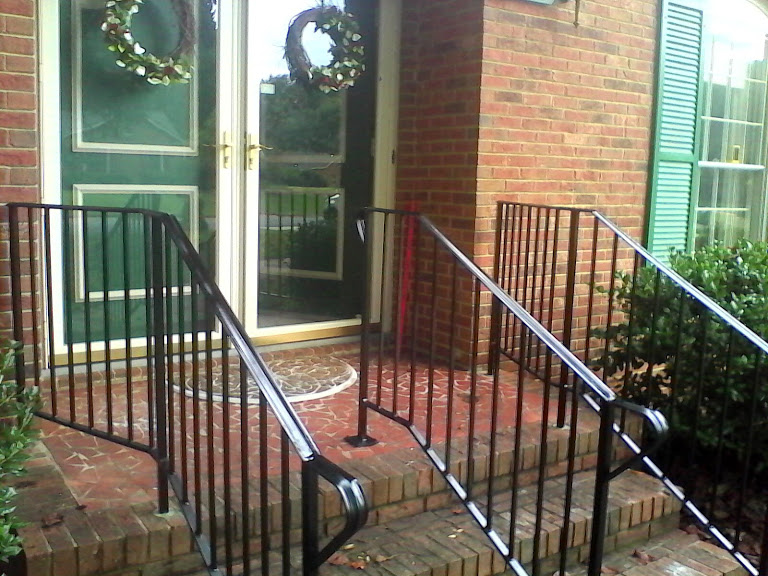images/3_stair_rails.jpg