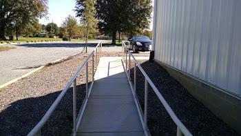 schedule 40 1 1/4 inch steep pipe handrail