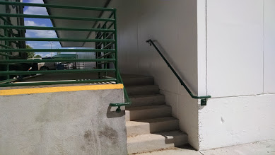 Many styles of steel ramp rails, steel stairs. steel handrails